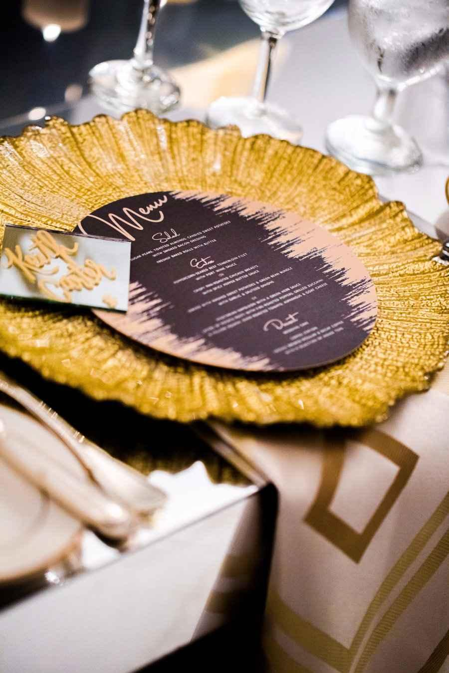 Golden wedding decoration: 60 ideas with photos to inspire 18