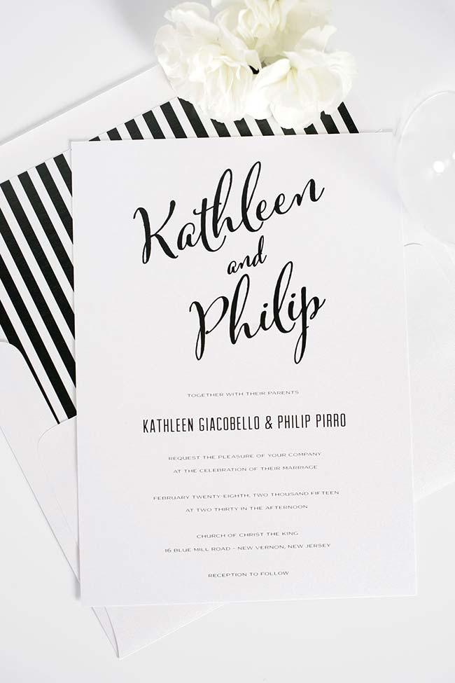 Black and white invitation with vintage touch