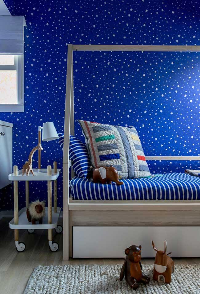 Starry wall with royal blue