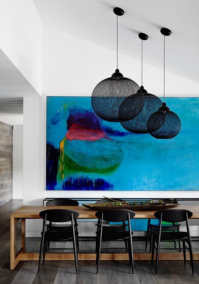 Table-abstract-dining-room-1