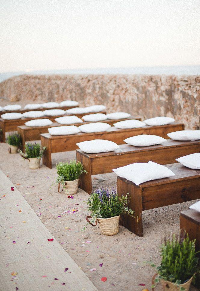 Wedding Decoration on the Beach: Inspiring Tips 29