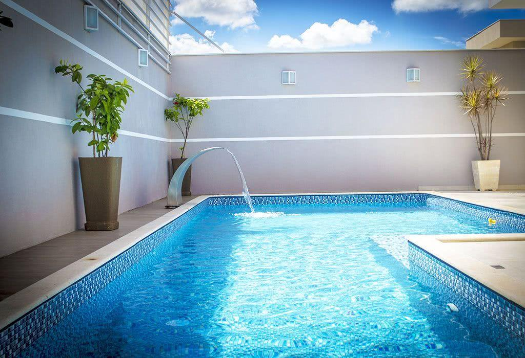 Vinyl Pool: What It Is, Benefits and Photos to Inspire 35