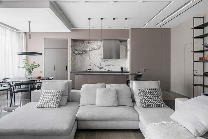 The plaster lining allows you to create different designs and shapes on the ceiling