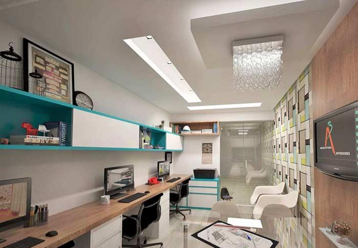 Highlight for the noble area of ​​the office with plaster ceiling