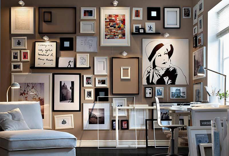 Decoration with photo frame