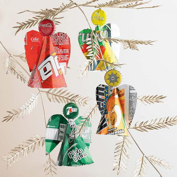 Props for the tree with soda packaging