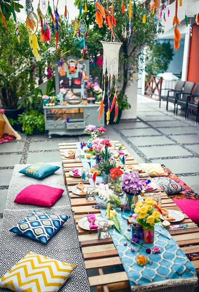 Decoration of the environment for gypsy and boho chic party