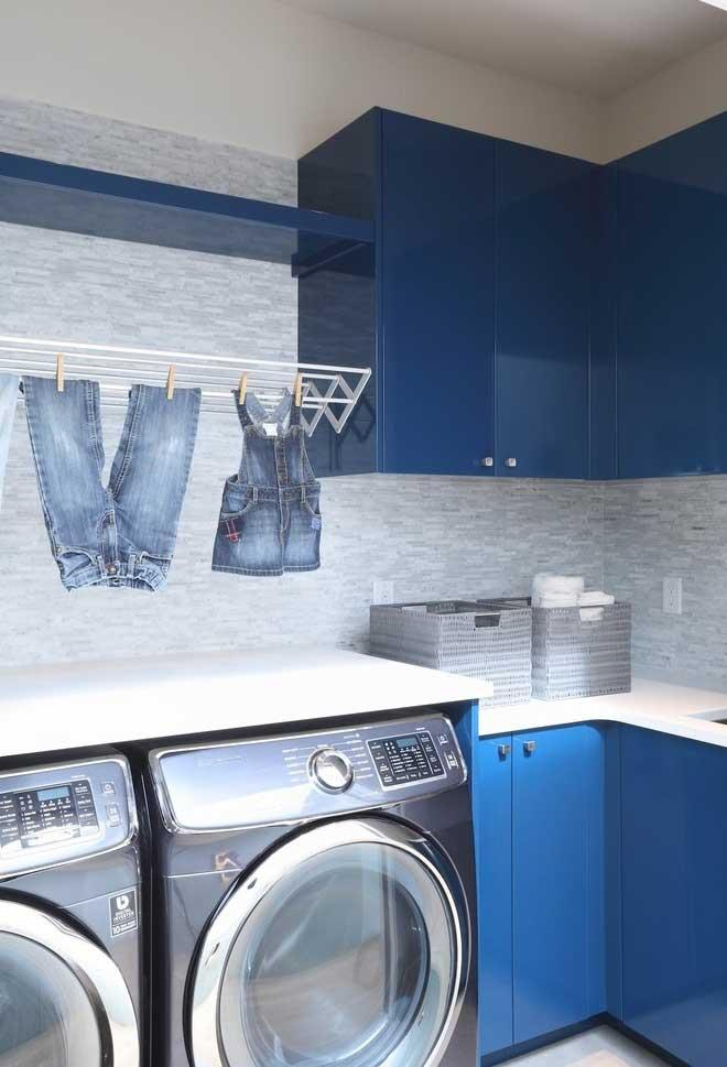 Blue and gray for the laundry