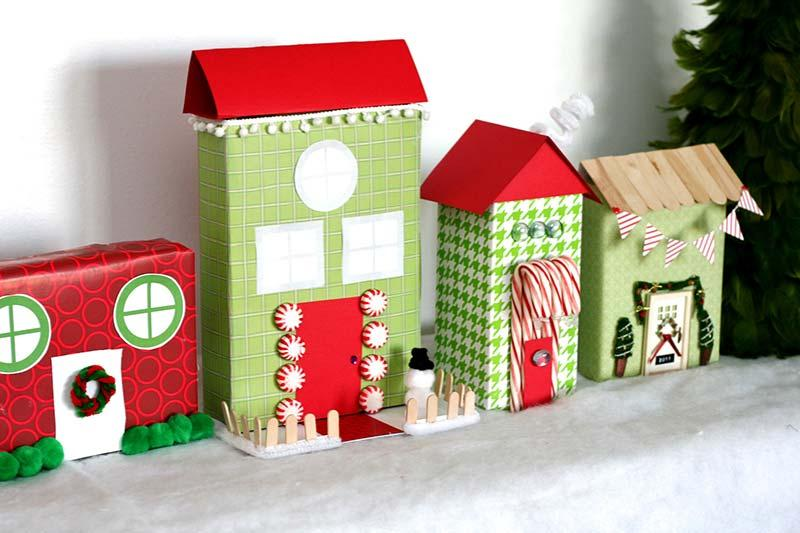 Boxes to mount a Christmas scene