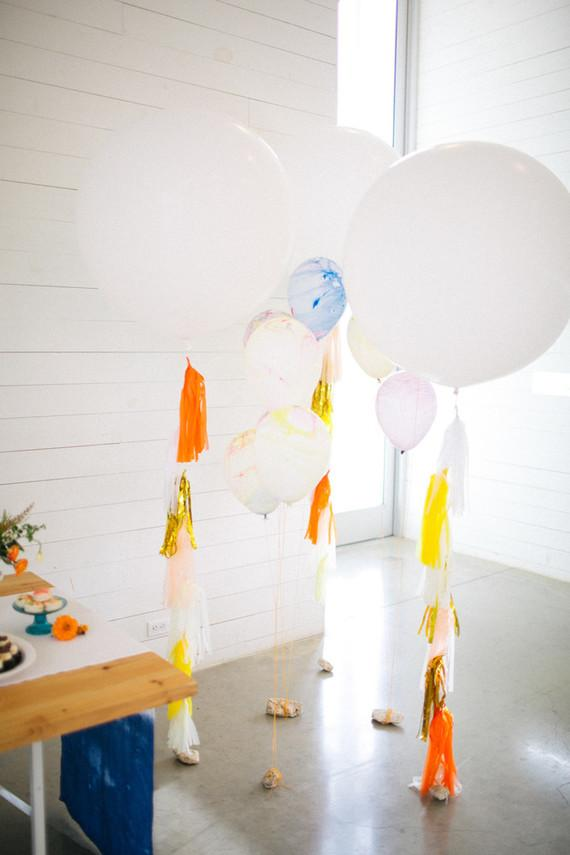 Simple and uncomplicated wedding decoration in home