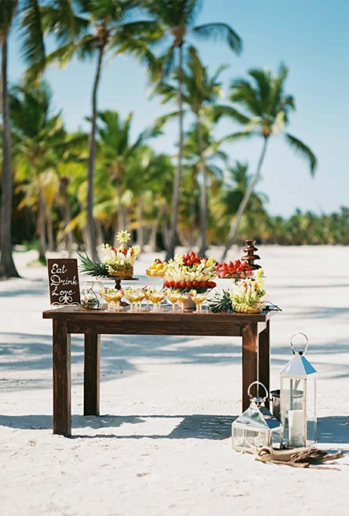 Mini wedding for beach wedding