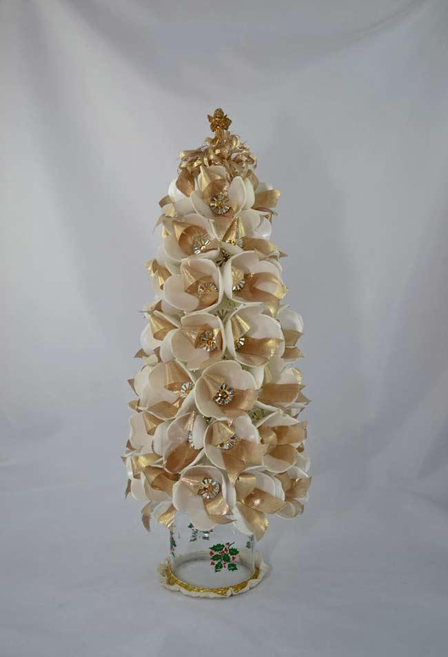 Styrofoam boxes for a beautiful Christmas tree