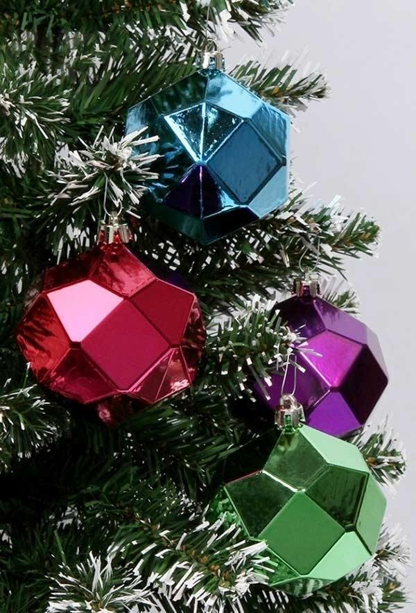Other geometric shapes to decorate your tree