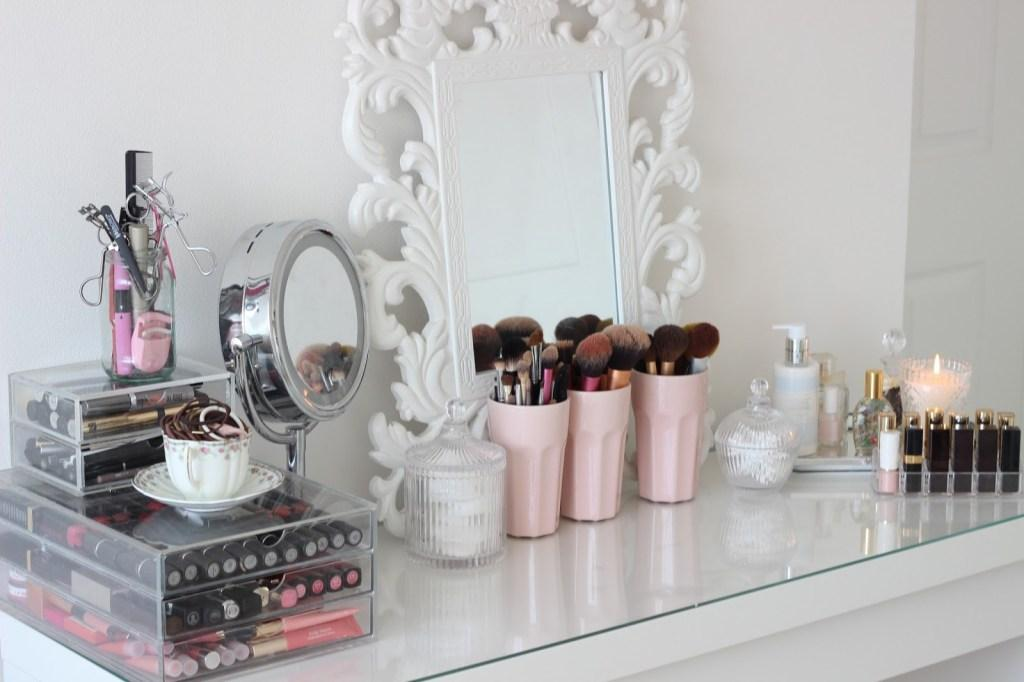 Makeup table: 60 ideas to decorate and organize 45