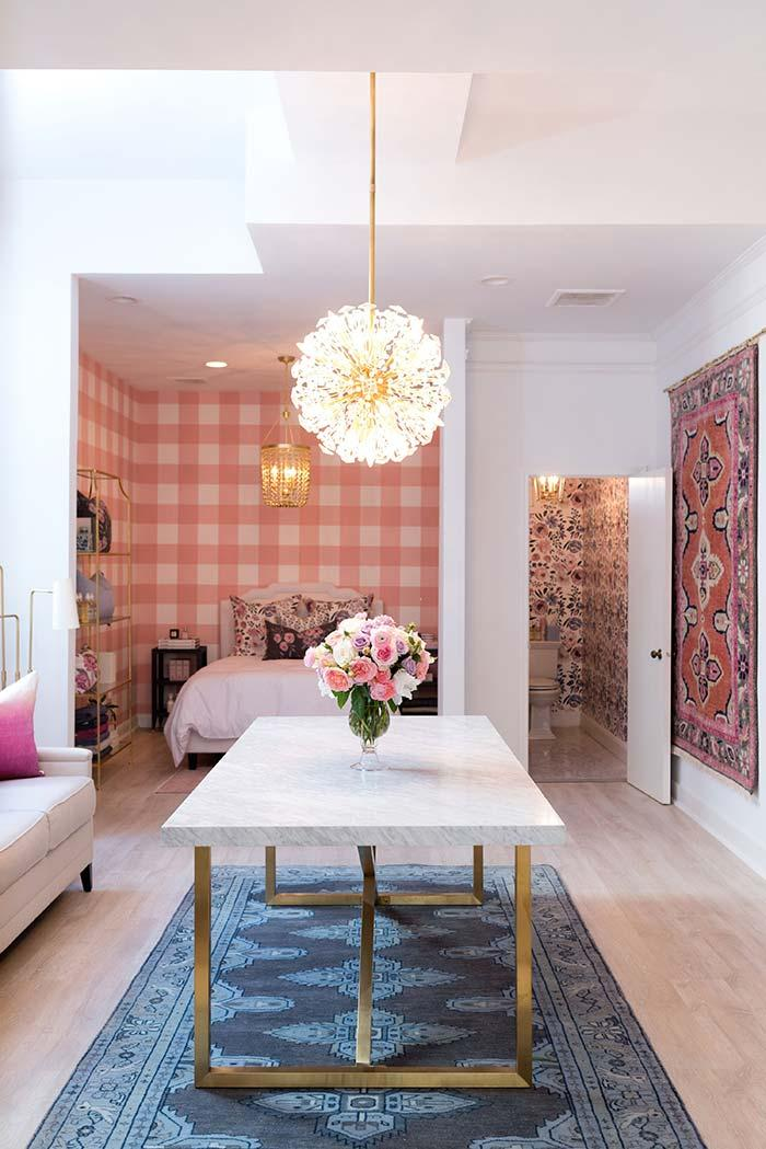 Provencal dining room with touch