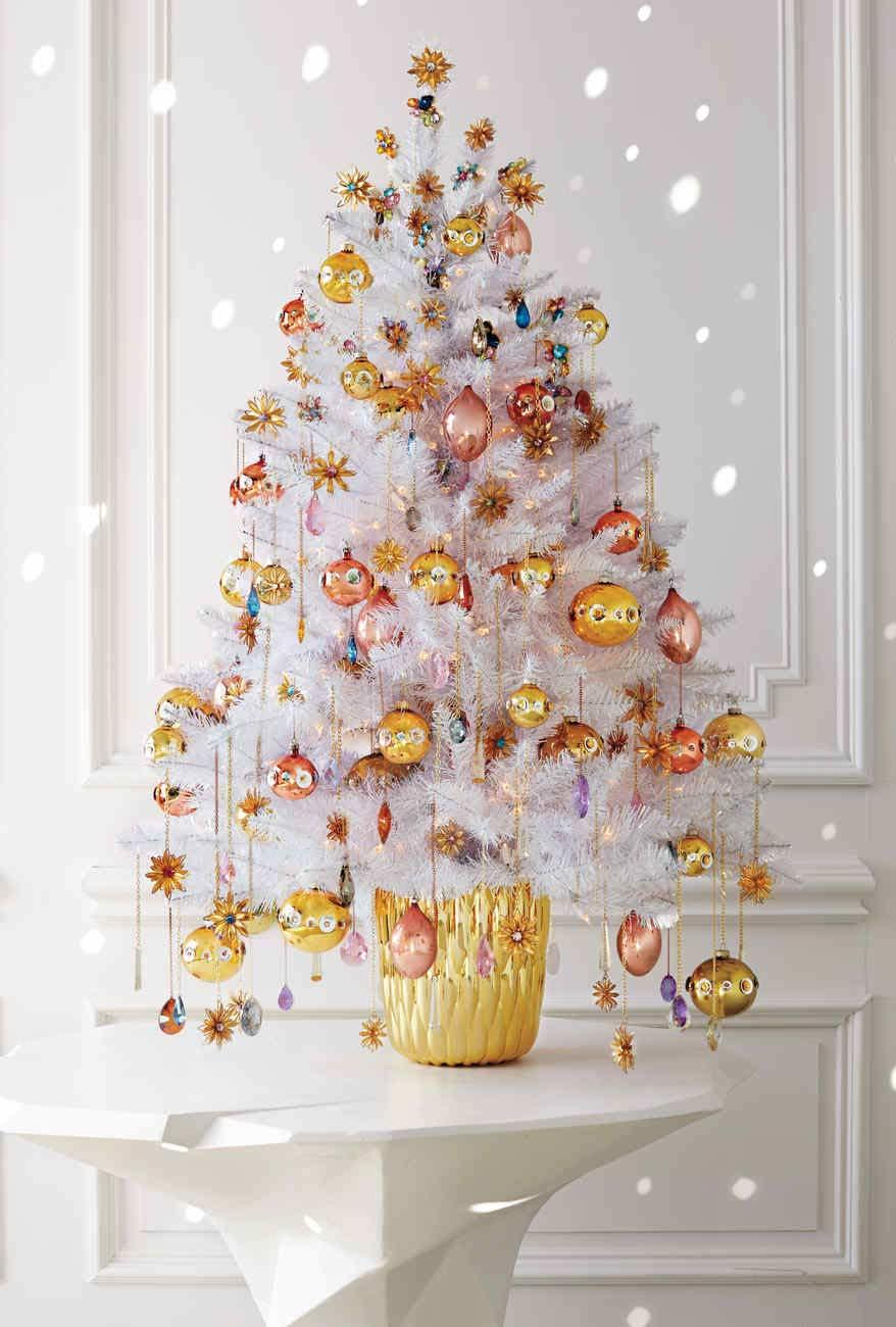 Christmas tree with gold and copper decoration in luxurious style