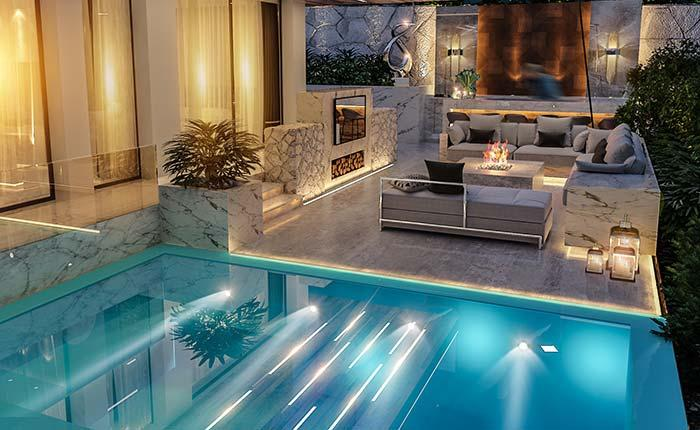 Swimming pool floor: marble is the stone for those who seek elegance and sophistication