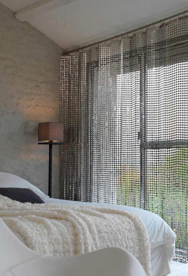 Stainless steel geometric curtain