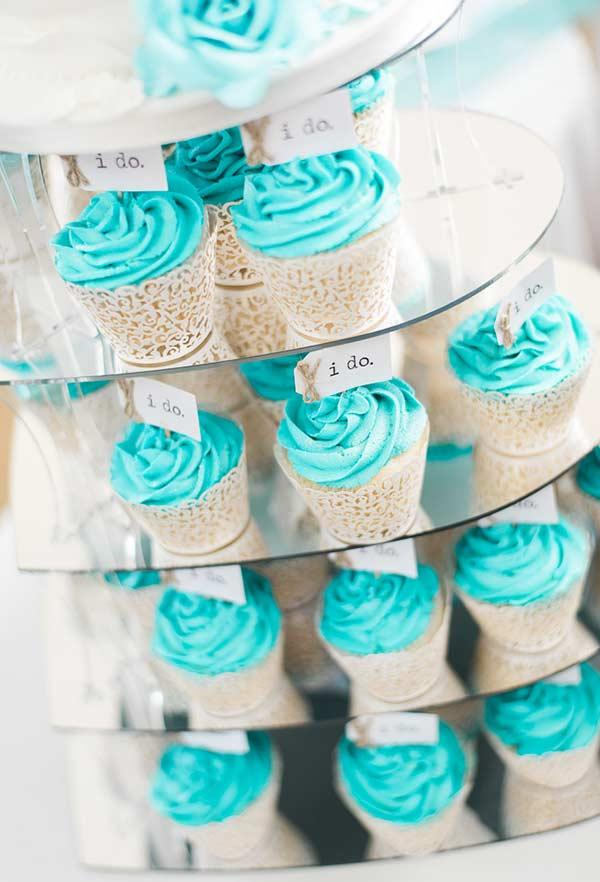 Supercolored Cupcakes with Tiffany Blue