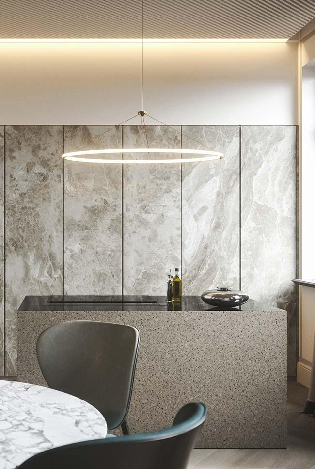 Botticino marble coating the entire wall