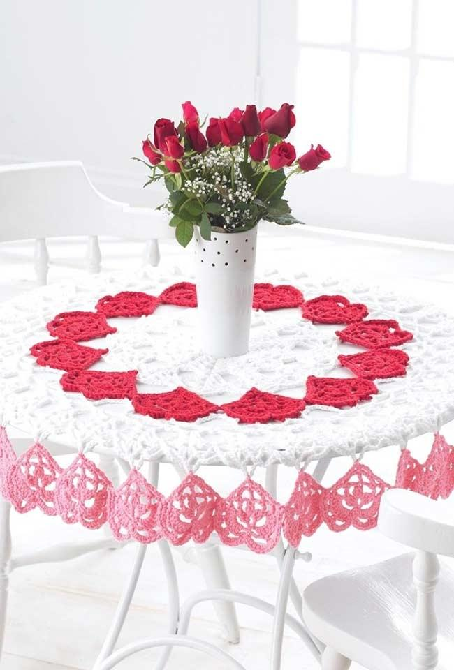 Romantic crochet tablecloth with hearts for round table