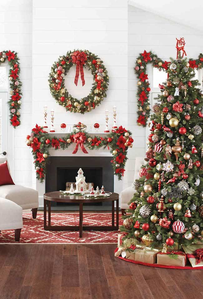 Christmas decoration in classic style