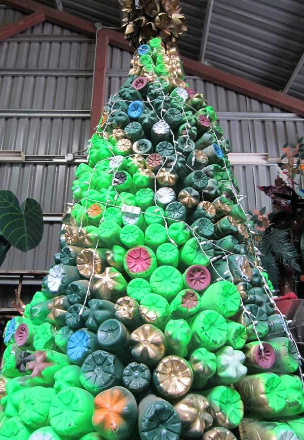 Tree with bottom of bottles facing outer area
