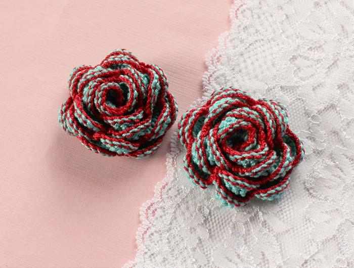 Colored crochet roses