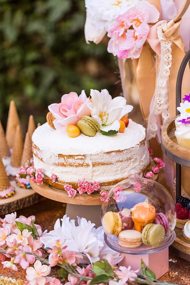 Spicy Naked cake decorated with macaroons