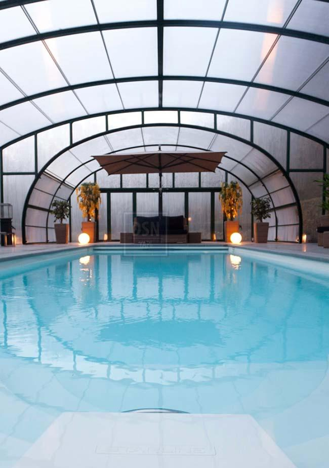 Polycarbonate roof for pool area