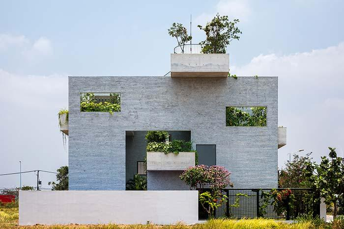 Simple house wall