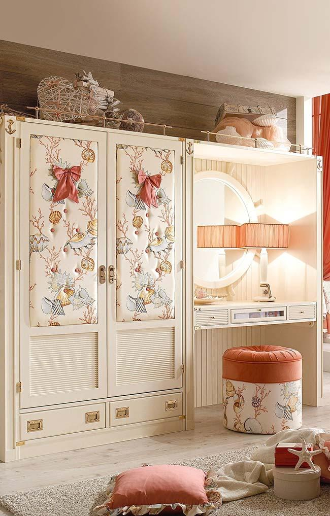 Dressing table Dressing table in Provencal style