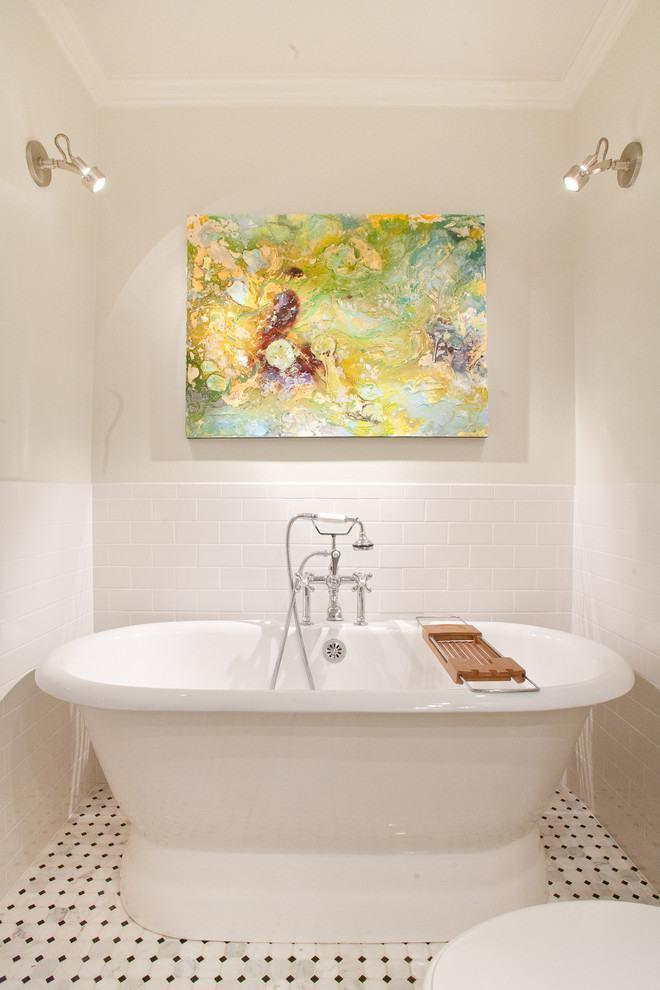 Picture-abstract-bathroom-2