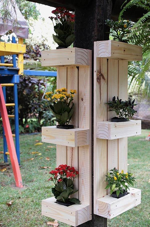Decorate pillars with pallet panel