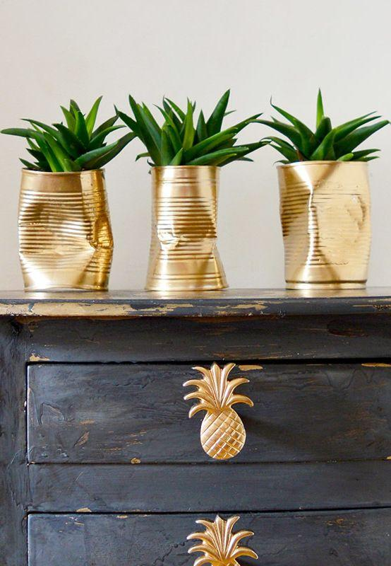 Cans decorated: 70 cool ideas to make at home 40