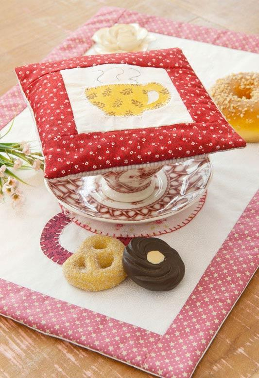 To decorate the afternoon tea!