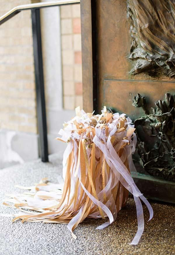 Another alternative decoration with ribbons