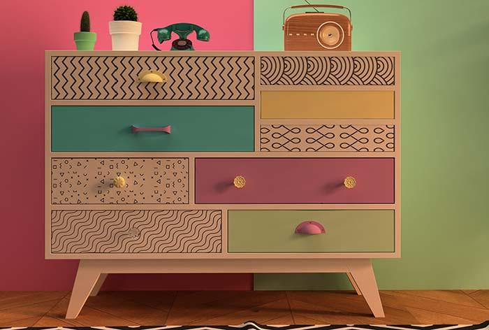 Decoration with used furniture: retro style in the colors and design, but the furniture received