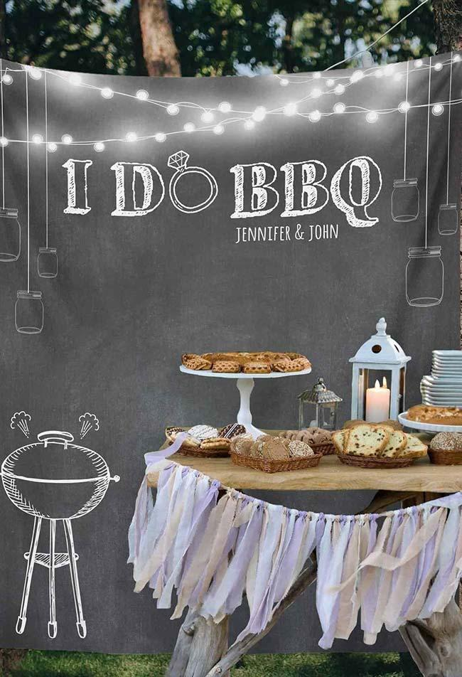 A simple engagement decoration with barbecue theme
