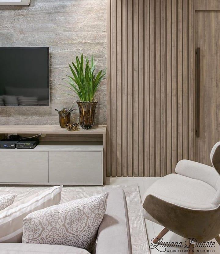 Neutral tones and wall cladding