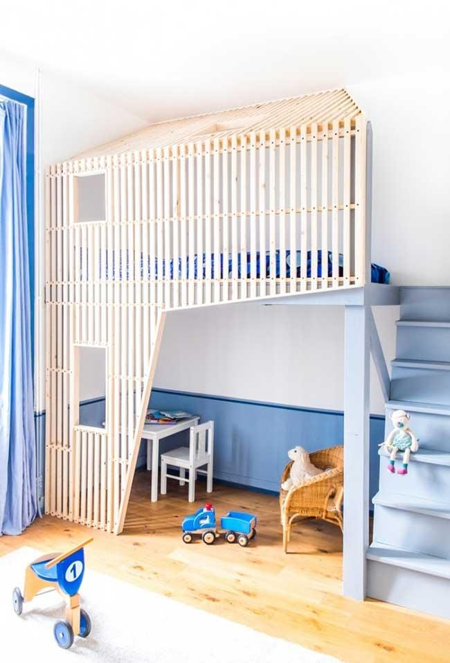 The favorite color of the boy's room decoration