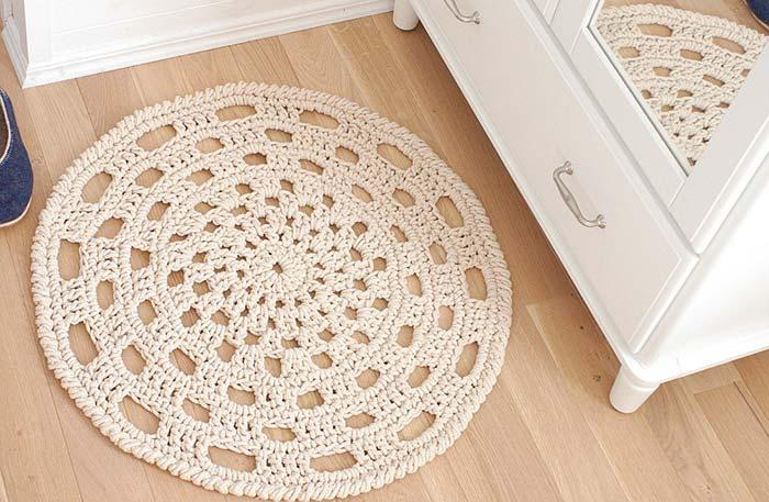 Simple Round Crochet Rug for Boy's Kids Room
