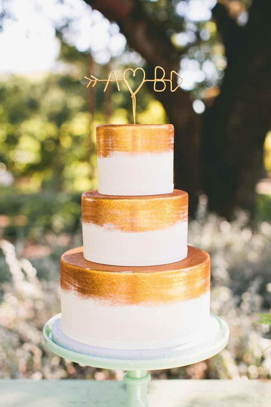 Golden wedding decoration: 60 ideas with photos to inspire 3